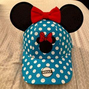 NWT Disney Minnie Mouse Blue Polka Dot Hat w Ears